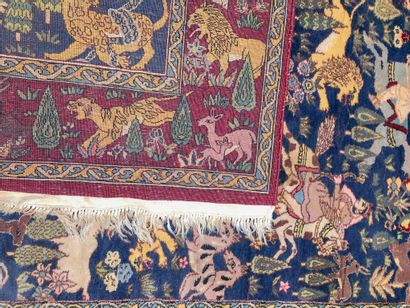 INDE, Tapis AMRITSAR (Pendjab indien), milieu du XXe siècle, à décor de chasse sur...