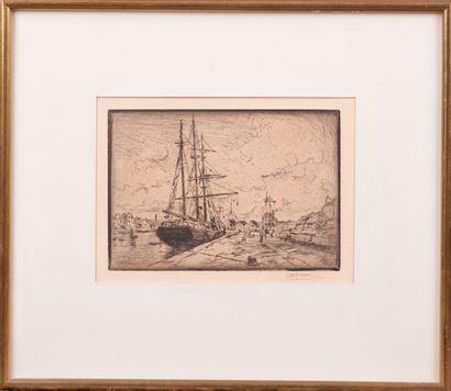 Louis WILLAUME (1874 - 1949). Voilier à quai. Dessin. Signé en bas à droite. 12...