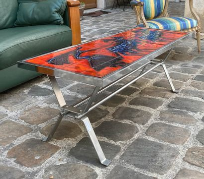 BAYER André, Large coffee table, resting on four chromed metal legs, joined by a...