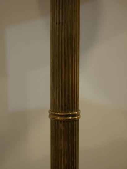 Dans le goût de BAGUES. Pied de lampe en laiton cannelé à l'imitation du Bambou....
