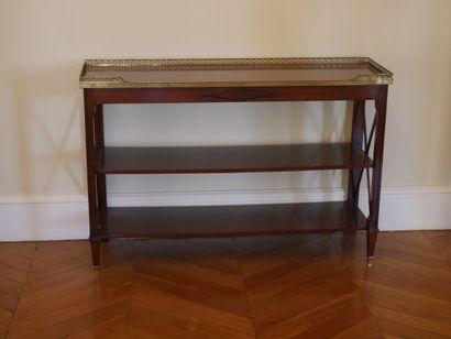 Console de style Louis XVI en acajou et placage...