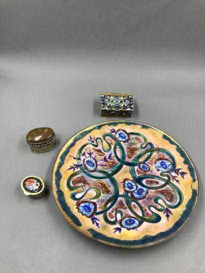 Lot including a small enamel plate, three cloisonné enamel pillboxes, mosaic, metal...