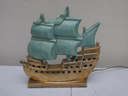 Pied de lampe en céramique en forme de bateau,...