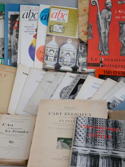 Lot de livres sur l'Art, Les étains Français, Les antiquités et la Brocante (Jean...