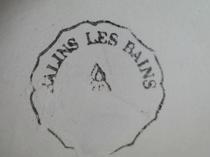 Lot de sept pichets en barbotine dont Saint Clément.
