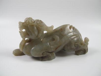 Dragon-Chimère de jade. Néphrite céladon....