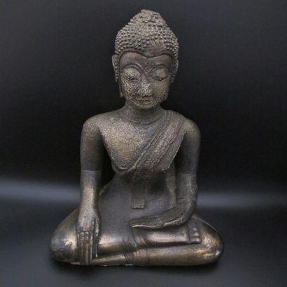 Statue de Bouddha en posture de prise de...