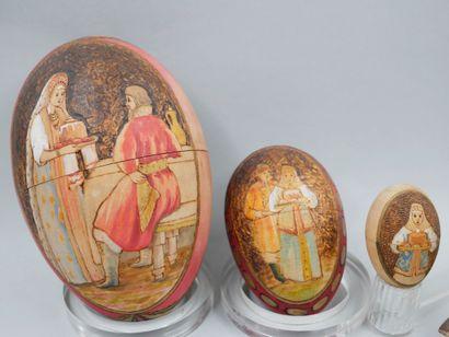 Lot comprenant 3 œufs