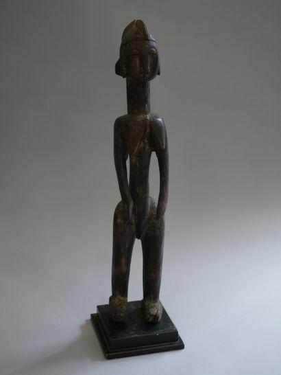 BAMBARA, Mali. Statue en bois représentant...