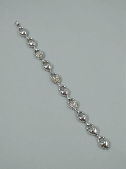 Bracelet en or gris 18k à maillons cœurs...