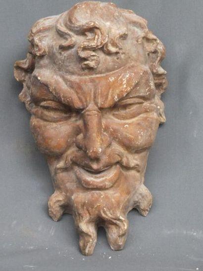 Tête de satyre- Ancien décor sculpté en plâtre...