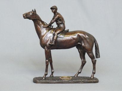 """""""BUREAU. Léon (1866-1906 )-  le célèbre Jockey Woodburn sur sa jument la Ténébreuse..."""