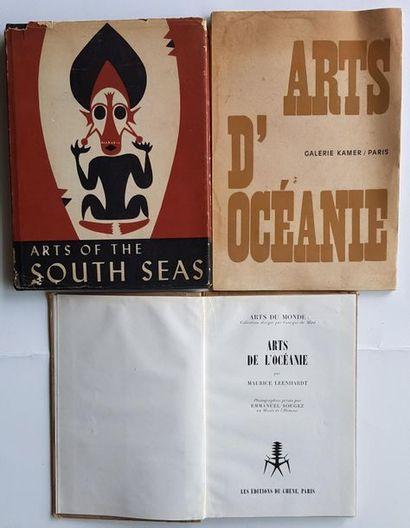 Livres d'Art Tribal Ensemble de 25 livres plus des catalogues d'expositions, dont...