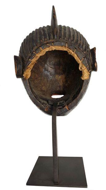 Masque facial IGALA Coiffure en crête bois à polychromie noire et rouge, yeux coquillages....