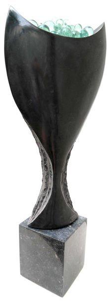 """SAVA Marian """"Bulles festives"""" Marbre noir belge de 2014 55 x 23 x 8,5 cm  Taille..."""
