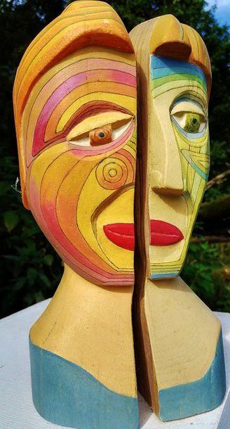 """WISE Sibille """"Tête partagée en 2"""" Sculpture en bois peint 35 x 16 x 8 cm signée...."""