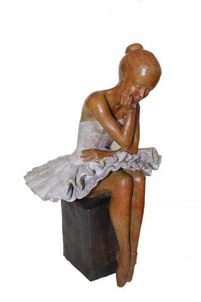 """CANTIN Josiane """"Concentration"""" Bronze à la cire perdue Fondeur Blain (44) H : 49..."""
