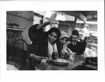 MAGNANI Anna (1908-1973) VOLTA Pablo (1926-1911) Photo tirage argentique 18 x 27...
