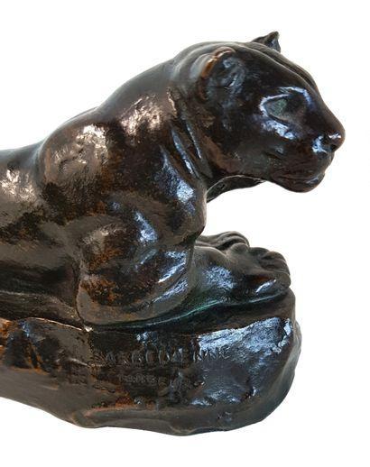 Antoine-Louis BARYE (1795-1875) La panthère de Tunis Bronze à patine brune, 9, 5...