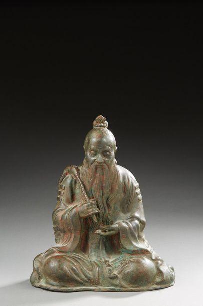 CHINE ou JAPON   Statue en bronze a? patine...