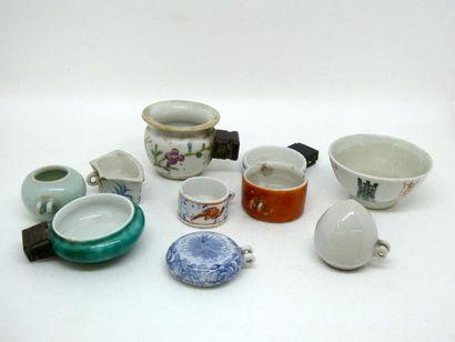CHINE    Ensemble de mangeoirs en porcel...