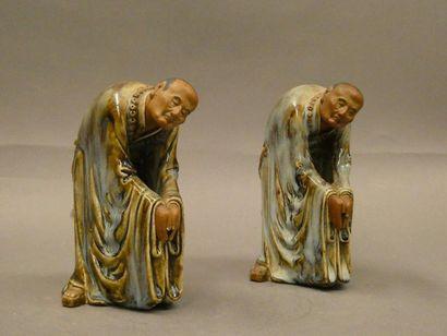 CHINE    Couple de personnages en prière...