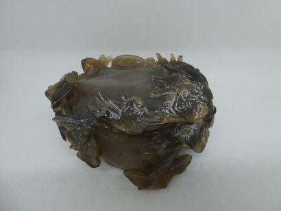 Pièce importante en pierre dure sculptée    Dim. : 7 x 12 x 11 cm
