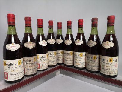 9 bouteilles MOULIN-A-VENT