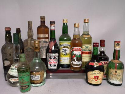 14 flacons ALCOOLS DIVERS A VENDRE EN L'ETAT...