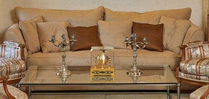 CANAPÉ CONFORTABLE en toile chiné beige. H : 95 - L : 216 - P : 100 cm