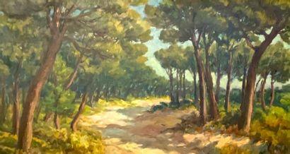 J. ROUGIER (XX)  Chemin en sous-bois.  Huile...