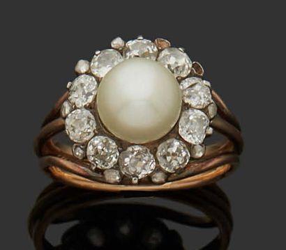 MARGUERITE RING in 18K (750) pink gold set...