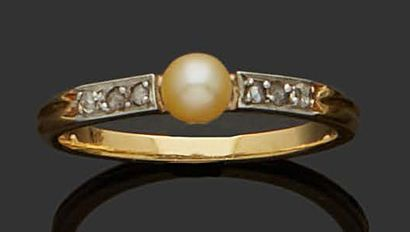 OLD RING in 18K (750) yellow gold and silver...
