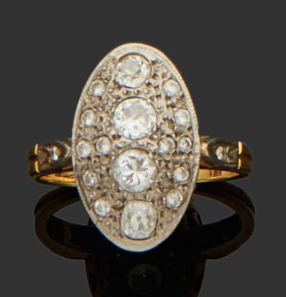 NAVETTE RING in 18K (750) yellow and white...