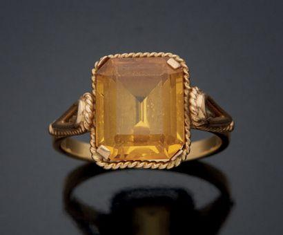 BAGUE en or jaune 750 mm, les palmettes et...