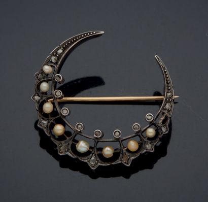 BROCHE croissant de lune en argent et or...