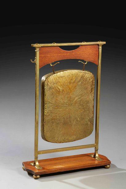 Travail Anglais 1900/Arts Crafts  Gong en...