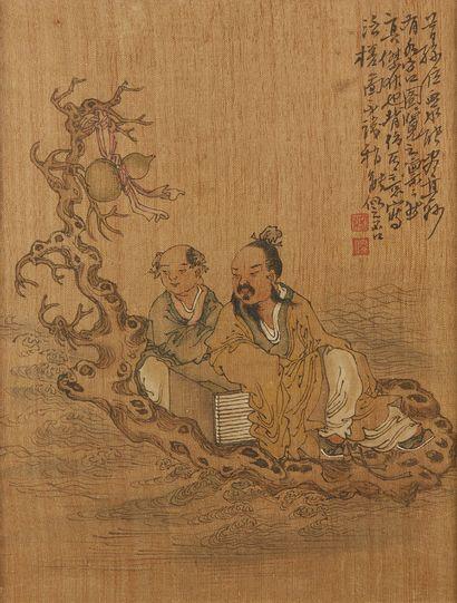 CHINE Trois peintures sur soie représentants des lettrés dont deux personnages dans...