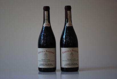 Deux bouteilles de Château de Beaucastel...