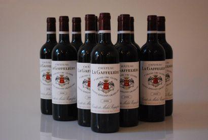 Douze bouteilles de Château La Gaffelière...