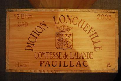 Une caisse de douze bouteilles de Château...