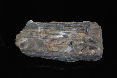 Important bloc de Toumaline noire dit Schorlite...