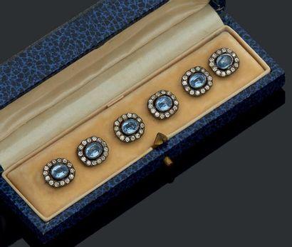 Six boutons de gilet en métal pierres bleues...