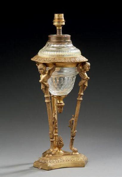Pied de lampe athénienne en bronze doré et...