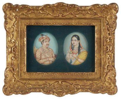 Ecole indienne du XXe siècle Série de six miniatures ovales representant des portraits...