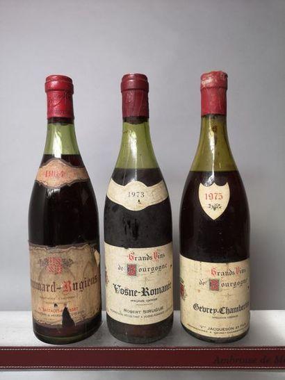 3 bouteilles BOURGOGNES VIEUX MILLESIMES...