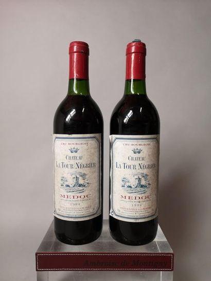 2 bouteilles CHÂTEAU La TOUR NEGRIER - Médoc...