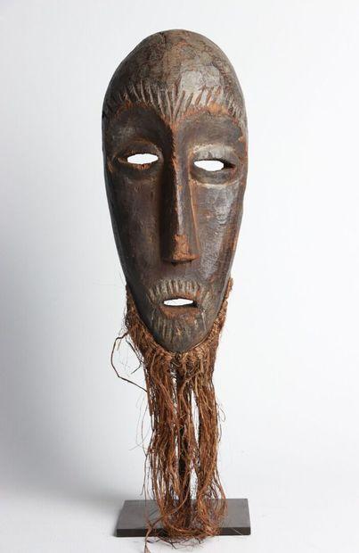 LEGA, République Démocratique du Congo.  Masque...