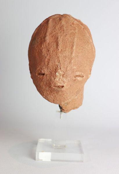 Culture BURA, Niger XIVe-XVIe siècle.  Tête...