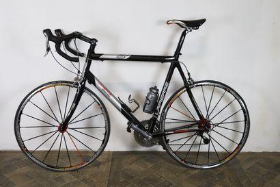 Vélo Lapierre 0.9 pure carbon.  Cadre: Lapierre...